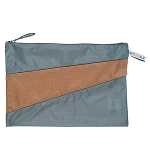 Gray_Camel_New_Pouch1s_Susan_Bijl_urbans_and_indians.jpg