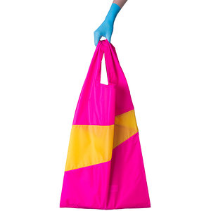 Prettypink_TVYellow_New_Shoppingbag1_Susan_Bijl_urbans_and_indians.jpg