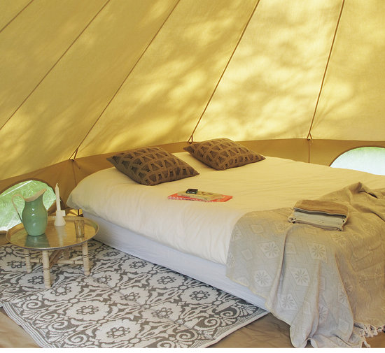 bell_tent_big_ecellent_bed.jpg