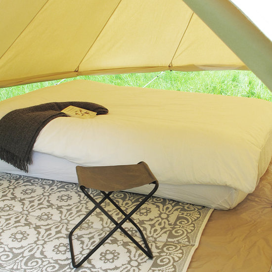 bell_tent_big_ecellent_bed2.jpg