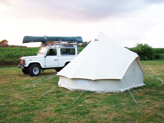 urbans_and_indians_Classic_Bell_tent_400_jeep.jpg