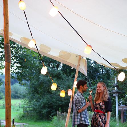 stringlights_weltevree_feestje1.jpg